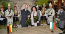 """Министър Танева подписа споразумение за партньорство за изложението """"Зелена седмица 2018"""""""