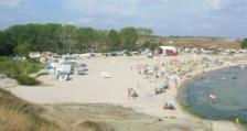 Стопаните на 10 морски плажа са застрашени от прекратяване на договорите